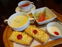 【GAJA(ガヤ)】大垣市のイタリアン料理店の美味しいモーニングはフリードリンクで人気